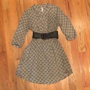 Great black and Cream patterned  dress with lining